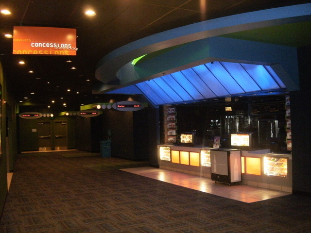 Northeast mall rave theater