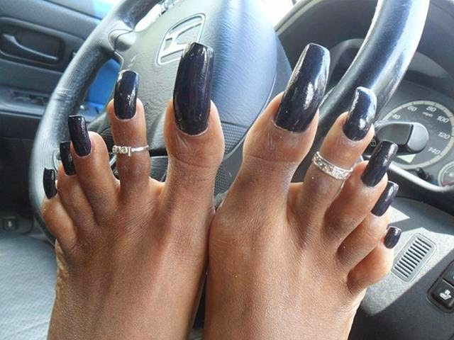 Girls with long toenails.