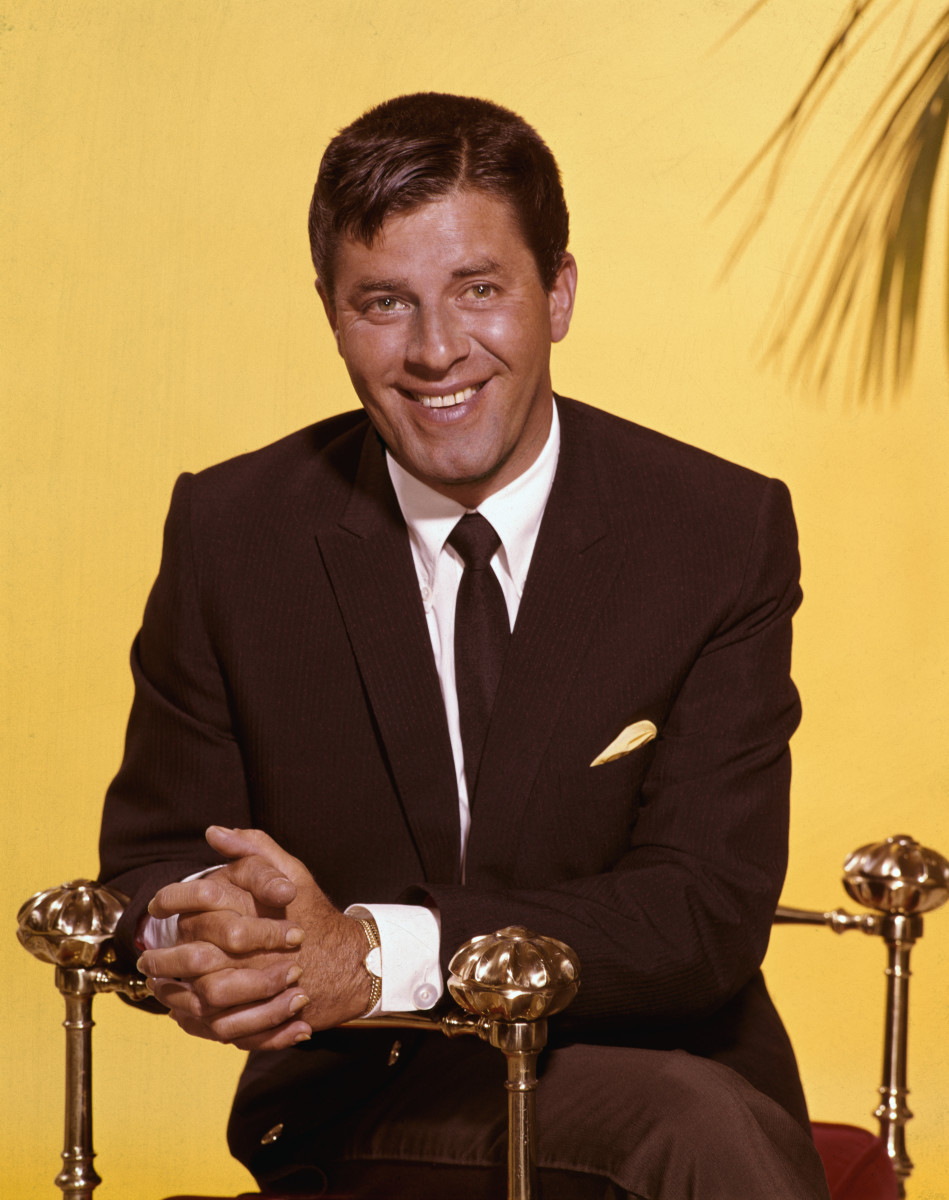 Is jerry lewis still alive