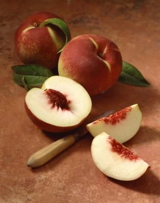 How to keep peaches from browning