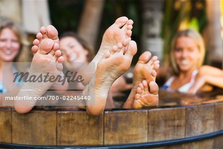Hot womens feet pics