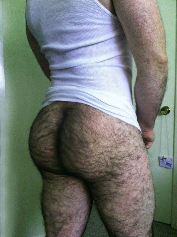 Guys with hairy butts