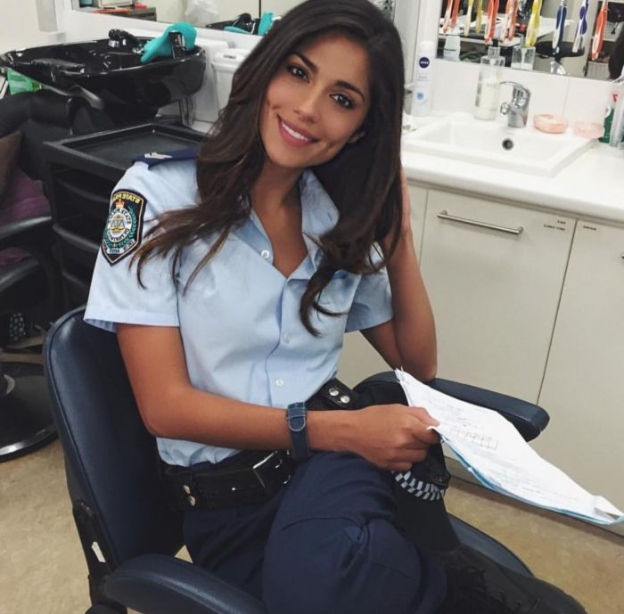Hot female police officers