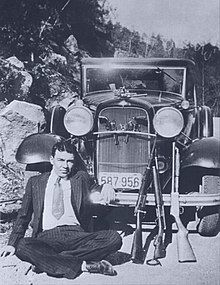 How many times were bonnie and clyde shot