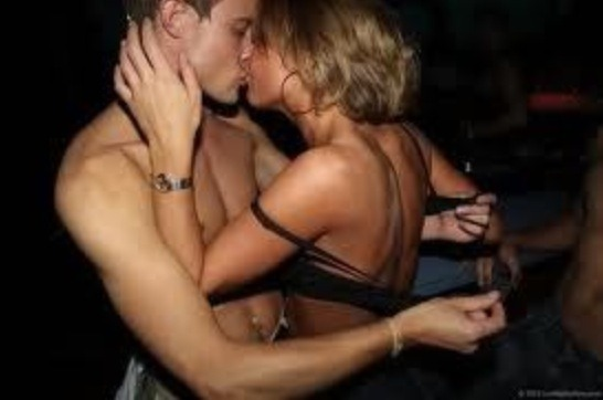 Very hot making out